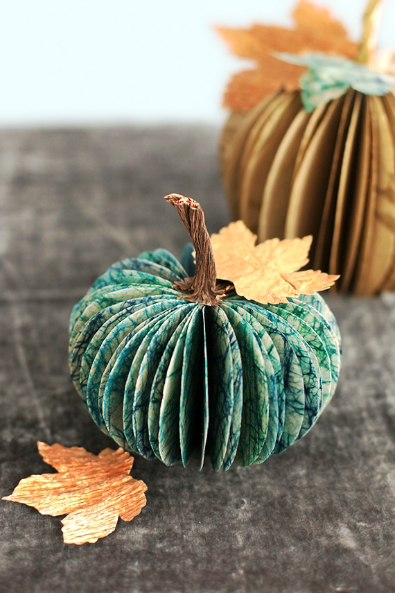 fall centerpieces blue paper pumpkin