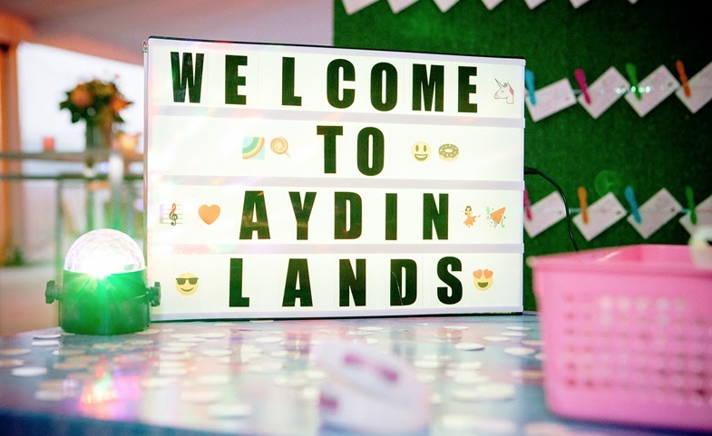 Aydin Lands Cinema Light Box
